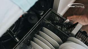 Silver Chemical: Fabricante de secante abrilhantador para máquina de lavar louças