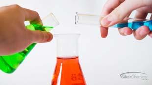 Entenda a importância da terceirização de produtos químicos